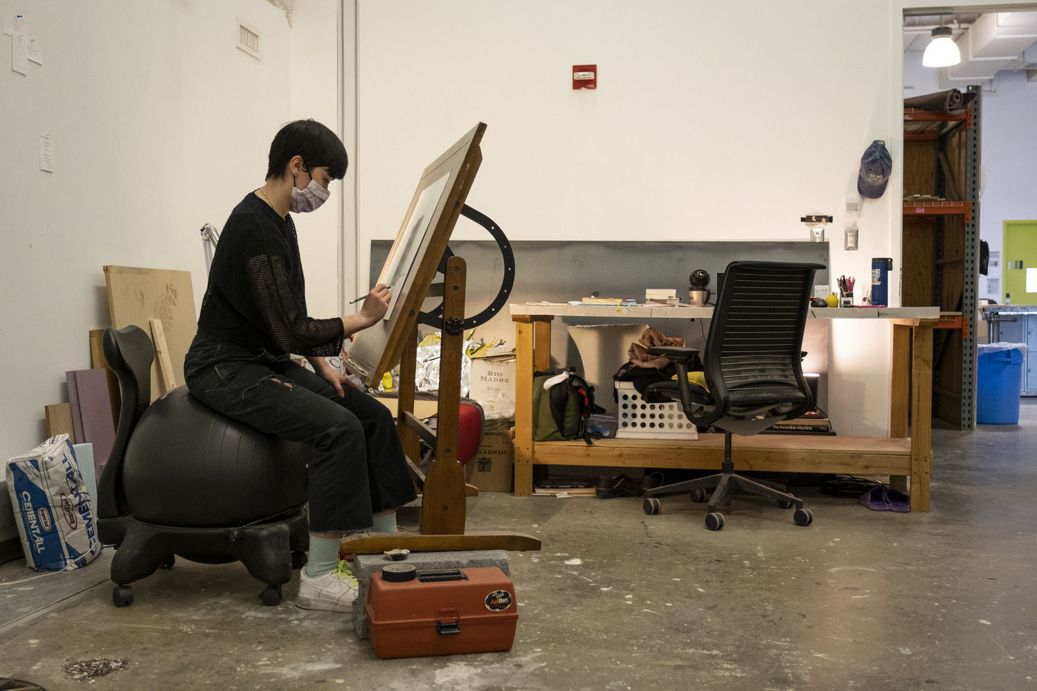 Tyler School of Art and Architecture student drawing in studio